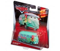 """W1938-14. Герои м/ф """"Тачки 2"""" (в ас.) Disney Cars, PIT CREW MEMBER FILLMORE. Hot Wheels"""