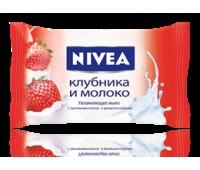 """82432. Мыло увлажняющее """"Клубника и молоко"""", 90г. Nivea"""