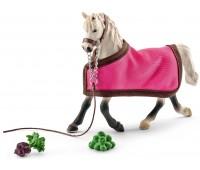 Арабская кобыла с попоной, Horse Club, Schleich