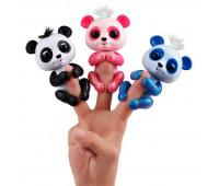 Интерактивная ручная панда Арчи (синяя), Fingerlings, WowWee